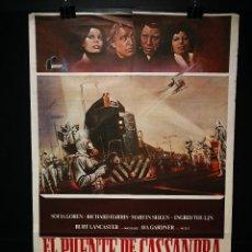 Cine: ORIGINAL POSTER CARTEL DE CINE EL PUENTE DE CASSANDRA 70 X 100. Lote 186050948