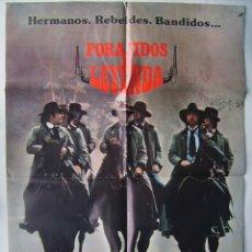 Cine: FORAJIDOS DE LEYENDA, CON DAVID CARRADINE. POSTER, 68,5 X 100. 1980.. Lote 183974517