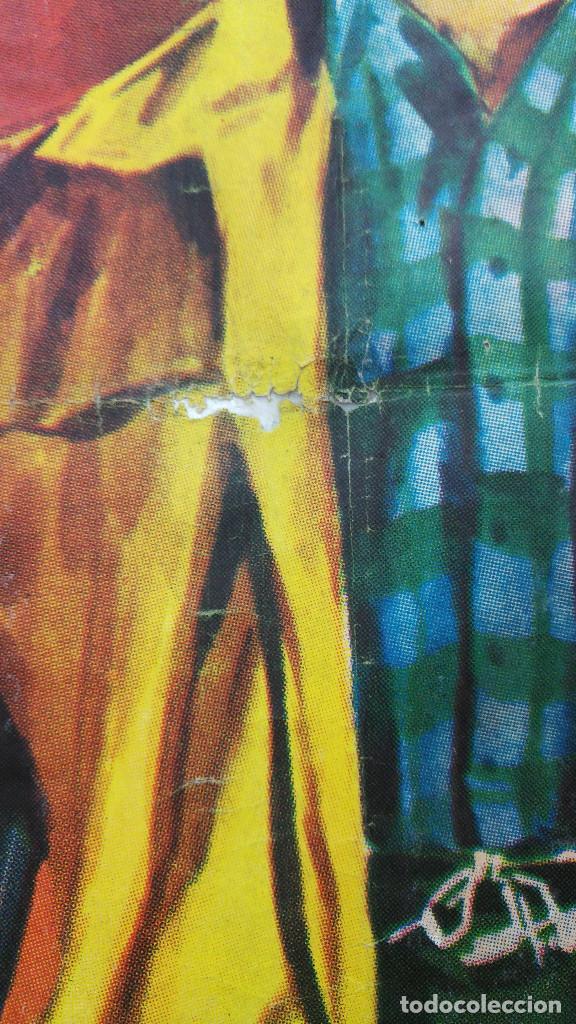 Cine: CON EL LLEGO EL ESCANDALO. ROBERT MITCHUM, ELEANOR PARKER, GEORGE HAMILTON. AÑO 1961 - Foto 3 - 121967987