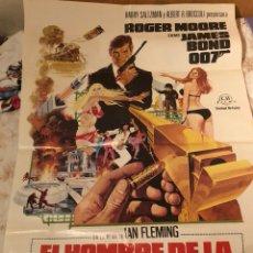 Cine: CARTEL EL HOMBRE DE LA PISTOLA DE ORO 007. Lote 124346474
