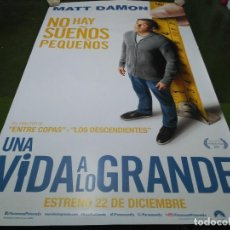 Cine: UNA VIDA A LO GRANDE - APROX 120X210 LONA/BANNER ORIGINAL CINE (X16). Lote 125239251