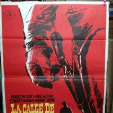 Cine: LA CALLE DE LOS CONFLICTOS RANDOLPH SCOTT MAC POSTER ORIGINAL 70X100 ESPAÑOL.1963 . Lote 125386307