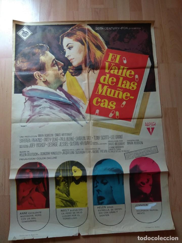 E Poster De La Pelicula El Valle De Las Muñec Buy Adventure Film Posters At Todocoleccion 130256546