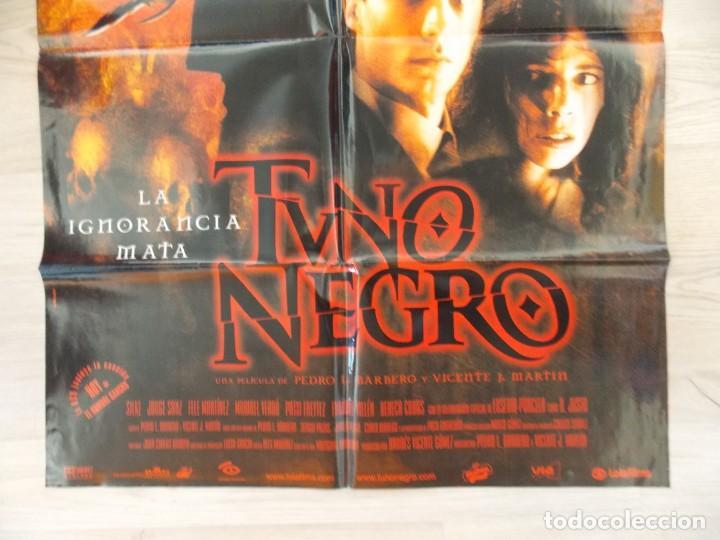 Cine: CARTEL, POSTER CINE - ORIGINAL - TUNO NEGRO - DIRECCION PEDRO BARBERO - 2001 - ESPAÑA... R-10031 - Foto 3 - 134831850