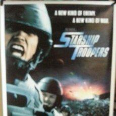 Cinema: STARSHIP TROOPERS 90CM X 64CM. Lote 137122838