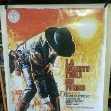 Cine: LA MUERTE TENIA UN PRECIO ( REPRODUCCIÓN ) 100CM X 69CM. Lote 138520646