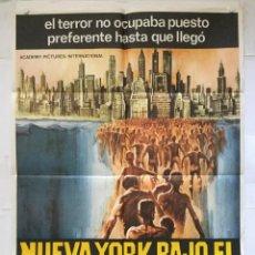 Cine: NUEVA YORK BAJO EL TERROR DE LOS ZOMBI - POSTER CARTEL ORIGINAL - ZOMBI 2 LUCIO FULCI TISA FARROW. Lote 138883174
