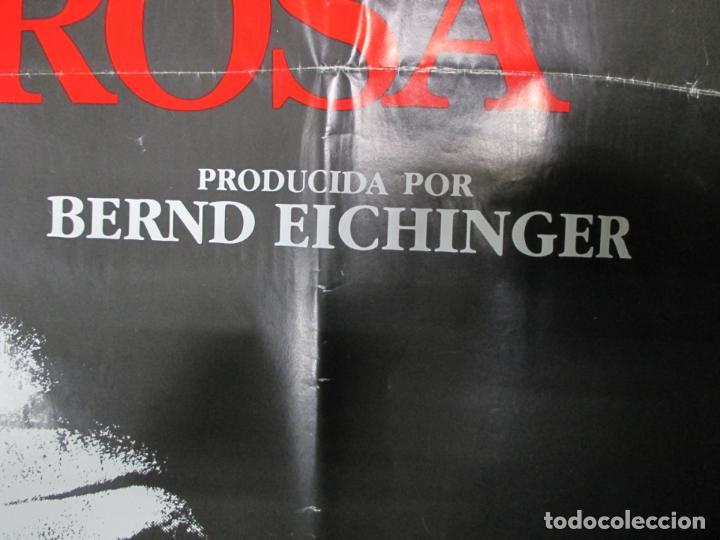 Cine: CARTEL EL NOMBRE DE LA ROSA. FIRMADO POR SEAN CONNERY, F. MURRAY Y JEAN JACQUES ANNAUD. 97 X 68 CM - Foto 4 - 139942674