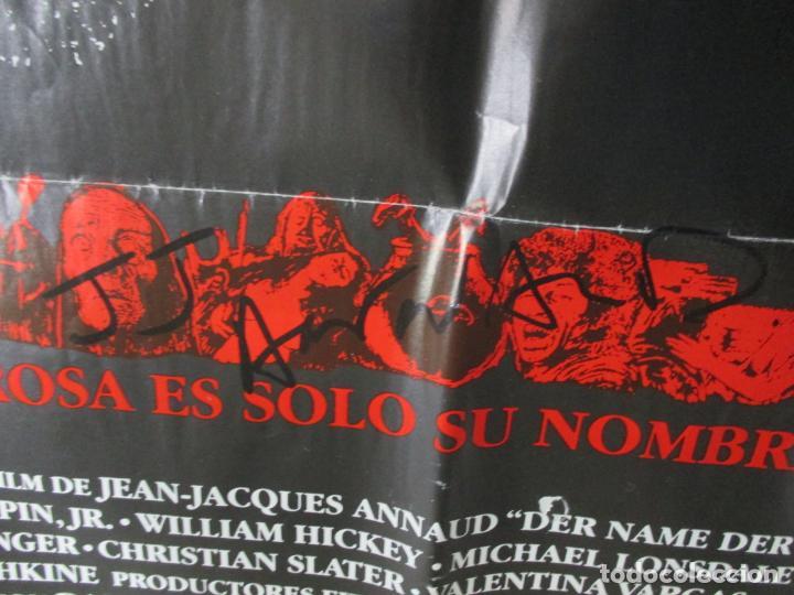 Cine: CARTEL EL NOMBRE DE LA ROSA. FIRMADO POR SEAN CONNERY, F. MURRAY Y JEAN JACQUES ANNAUD. 97 X 68 CM - Foto 11 - 139942674