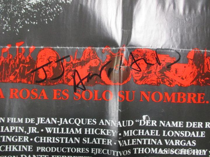 Cine: CARTEL EL NOMBRE DE LA ROSA. FIRMADO POR SEAN CONNERY, F. MURRAY Y JEAN JACQUES ANNAUD. 97 X 68 CM - Foto 14 - 139942674