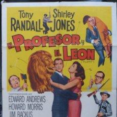 Cine: EL PROFESOR Y EL LEON POSTER INTERNACIONAL USA EN ESPAÑOL,1965,TONY RANDAL,UNIVERSAL. Lote 145553074