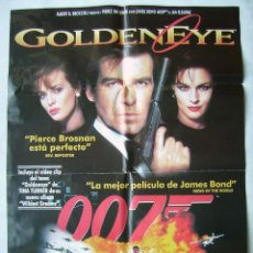 Cine: GOLDENEYE, CON PIERCE BROSNAN. POSTER DE VIDEO 68X96 CMS. 1996.. Lote 206590508