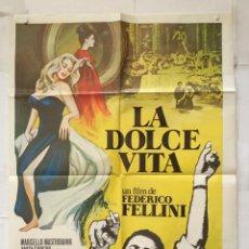 Cine: LA DOLCE VITA - POSTER CARTEL ORIGINAL - MARCELLO MASTROIANNI ANITA EKBERG FEDERICO FELLINI. Lote 147464642