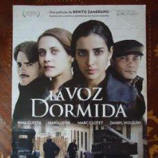 Cine: POSTERS. LA VOZ DORMIDA, INMA CUESTA, MARÍA LEÓN. MEDIDA 42 X 30CTS... Lote 148037734