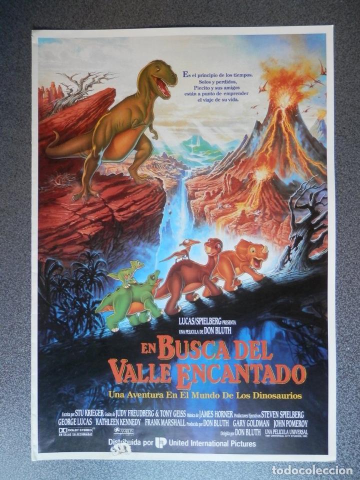 GUIA DE CINE 2 HOJAS: EN BUSCA DEL VALLE ENCANTADO - STEVEN SPIELBERG (Cine - Posters y Carteles - Musicales)