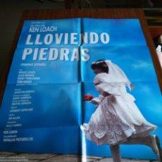 Cine: POSTER -- LLOVIENDO PIEDRAS -- POSTER GRANDE -- ORIGINALES DE CINE -- . Lote 151976458