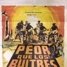 Cine: CARTEL DE CINE PEOR QUE LOS BUITRES. JACQUELINE VOLTAIRE Y MABEL LUNA.. Lote 154942794