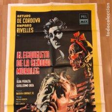 Cine: CARTEL O POSTER EL ESQUELETO DE LA SEÑORA MORALES.AMPARO RIVELLES ARTURO DE CORDOVA 108X74 CM. Lote 154972634