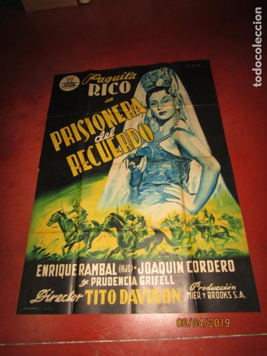 Cine: Antiguo Cartel Litografía Gigante PRISIONERA DEL RECUERDO con Paquita Rico - PERIS ARAGÓ - Foto 2 - 159245130