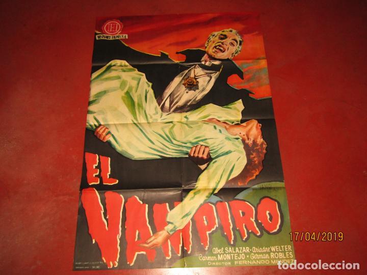 CARTEL ESTRENO EL VAMPIRO CON ABEL SALAZAR Y ARIADNA WELTER LITOGRAFIA MIRABET EN VALENCIA (Cine - Posters y Carteles - Terror)
