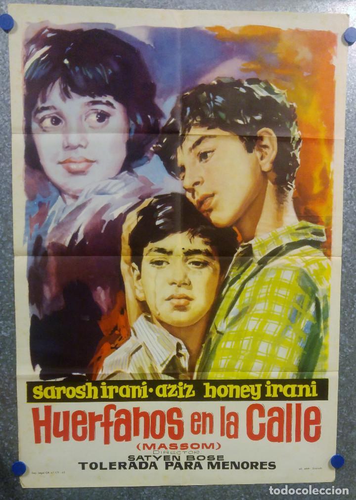 HUERFANOS EN LA CALLE. SAROSH IRANI, HONEY IRANI, ANUVA GUPTA. AÑO 1962. POSTER ORIGINAL (Cine- Posters y Carteles - Drama)