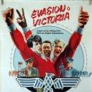 Cine: EVASIÓN O VICTORIA. SYLVESTER STALLONE-MICHAEL KANE-PELE. CARTEL ORIGINAL 1981. 100X70. Lote 160615570