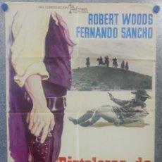 Cine: PISTOLEROS DE ARIZONA. ROBERT WOODS, FERNANDO SANCHO, HELMUT SCHMID. AÑO 1974 POSTER . Lote 160991662