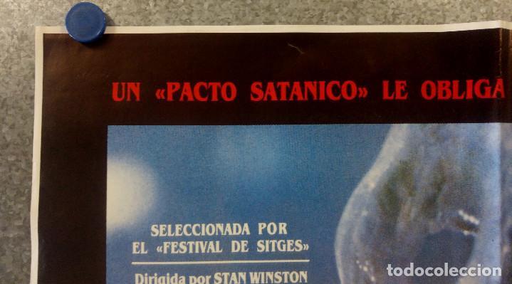 Cine: Pacto de sangre. Lance Henriksen, Jeff East, John DAquino AÑO 1987. POSTER ORIGINAL - Foto 2 - 163781746