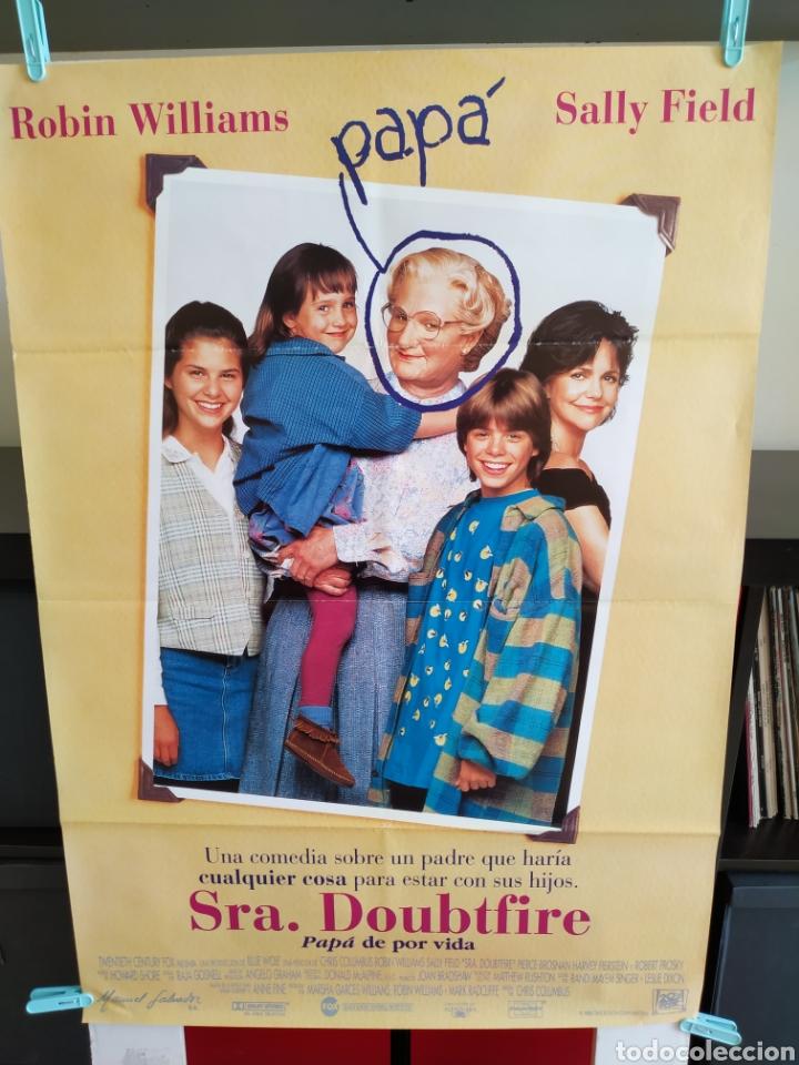 SRA. DOUBTFIRE - CARTEL 70X100 -DOBLADO (Cine - Posters y Carteles - Comedia)