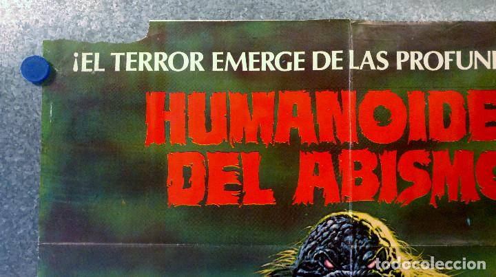 Cine: HUMANOIDES DEL ABISMO. DOUG McCLURE, ANN TURKEL, VIC MORROW. AÑO 1980 POSTER ORIGINAL - Foto 2 - 164725838