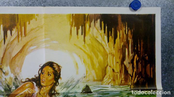 Cine: La isla de los hombres peces. Barbara Bach, Claudio Cassinelli, Richard J. AÑO 1978 POSTER ORIGINAL - Foto 3 - 165210134