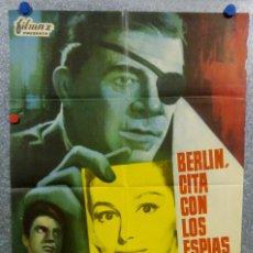 Cine: BERLÍN, CITA CON LOS ESPÍAS. BRETT HALSEY, PIER ANGELI, GASTONE MOSCHIN AÑO 1966 POSTER ORIGINAL. Lote 165663066