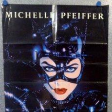 Cine: BATMAN VUELVE. CATWOMAN MICHELLE PFEIFFER. POSTER PROMOCIONAL ESTRENO CINES AÑO 1992. Lote 165991174