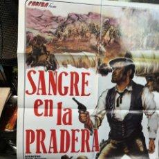 Cine: CARTEL POSTER DE CINE SANGRE EN LA PRADERA MÁS REGALO OTRO FORAJIDOS DE LEYENDA. Lote 170869930