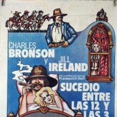 Cine: SUCEDIÓ ENTRE LAS 12 Y LAS 3. CHARLES BRONSON-JILL IRELAND. CARTEL ORIGINAL 1976. 70X100. Lote 173036969