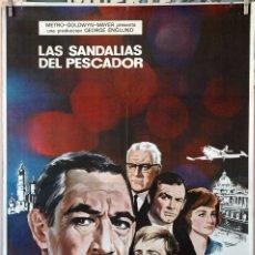 Cine: LAS SANDALIAS DEL PESCADOR. ANTHONY QUINN-LAURENCE OLIVIER, CARTEL ORIGINAL 1968. 70X100. Lote 175310205