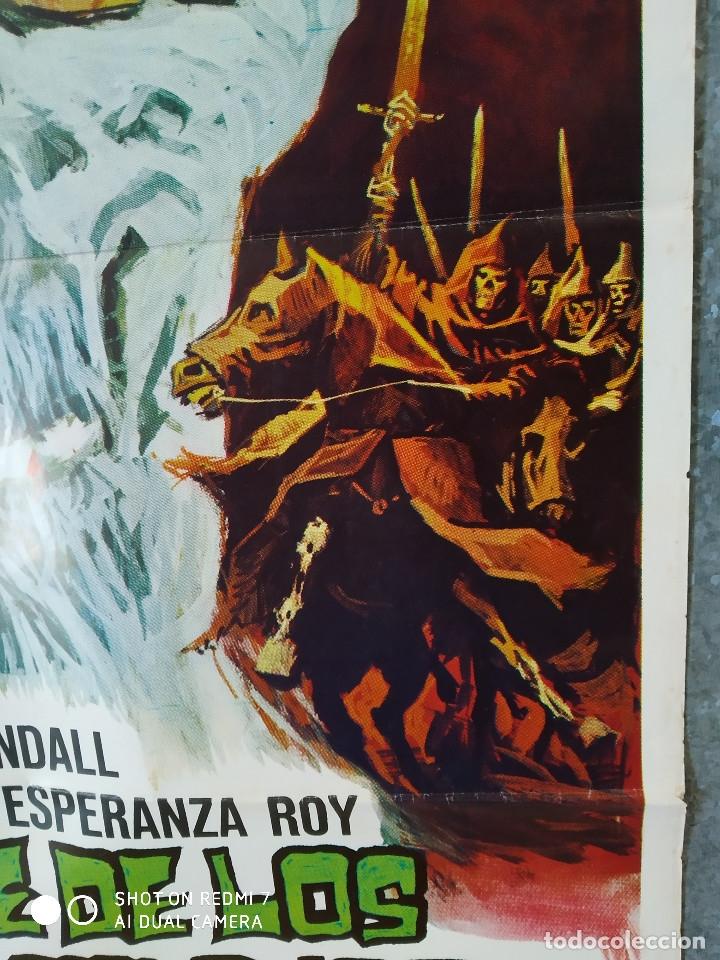 Cine: El ataque de los muertos sin ojos. Tony Kendall, Fernando Sancho, Esperanza Roy. POSTER ORIGINAL - Foto 5 - 176098233