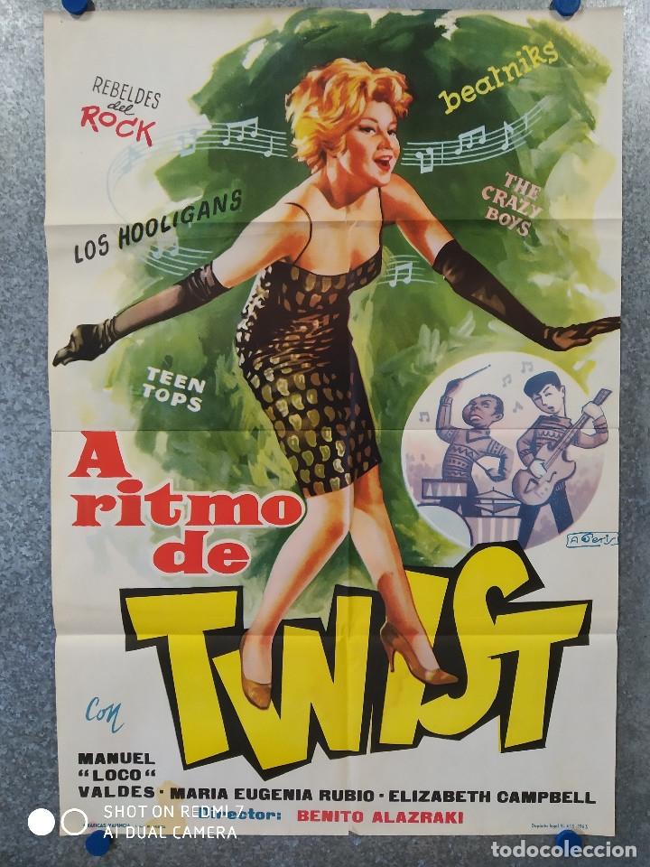 A RITMO DE TWIST. MARIA EUGENIA RUBIO, THE HOOLIGANS, REBELDES DEL ROCK, BEATNIKS AÑO 1963 POSTER (Cine - Posters y Carteles - Musicales)