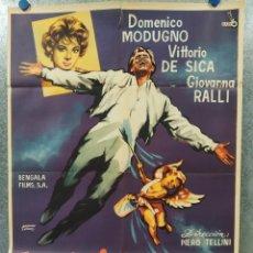 Cine: EN EL CIELO PINTADO DE AZUL (VOLARE). DOMENICO MODUGNO, GIOVANNA RALLI. AÑO 1959. POSTER ORIGINAL. Lote 178589128