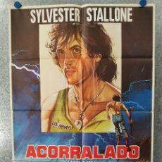 Cine: ACORRALADO, RAMBO. SILVESTER STALLONE. AÑO 1982 ESTRENO. POSTER ORIGINAL. Lote 179575272