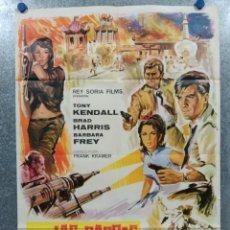 Cinema: LAS GARRAS DEL DRAGÓN ROJO. TONY KENDALL, BRAD HARRIS AÑO 1967. POSTER ORIGINAL. Lote 182515763