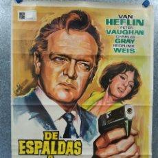 Cine: DE ESPALDAS A SCOTLAND YARD. VAN HEFLIN, PETER VAUGHAN, CHARLES GRAY AÑO 1967. POSTER ORIGINAL . Lote 182605763