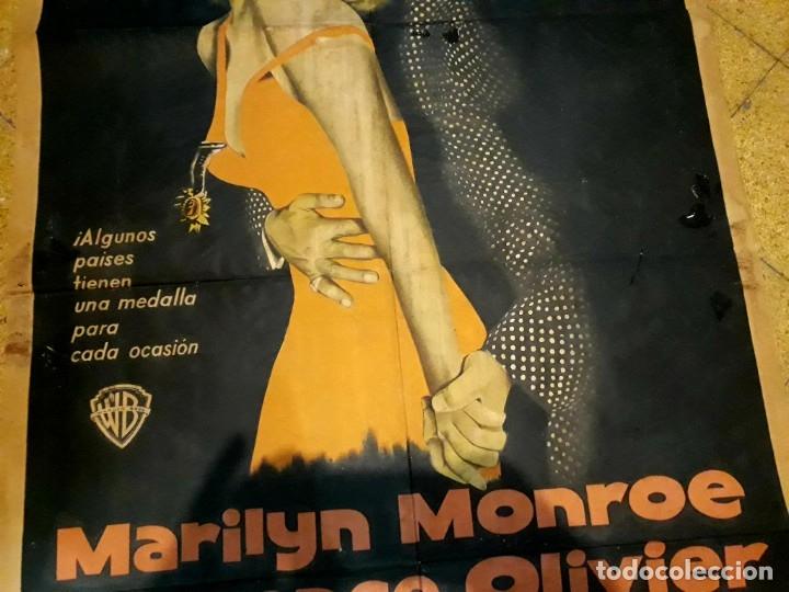 Cine: Poster original El príncipe y la corista Marilyn Monroe Laurence Oliver 75 x 105 - Foto 5 - 183218551