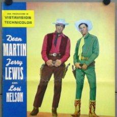 Cine: TT85D JUNTOS ANTE EL PELIGRO DEAN MARTIN JERRY LEWIS SET 12 POSTERS ORIGINALES ITALIANOS 47X68. Lote 183437806