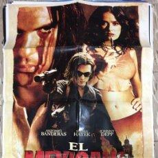 Cinema: CARTEL ORIGINAL CINE 70 X 100 CM APROX ANTONIO BANDERAS SALMA HAYEK JOHNNY DEPP EL MEXICANO. Lote 183638402
