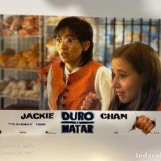 Cine: AFICHE DE CINE. PELICULA: DURO DE MATAR. JACKIE CHAN. MEDIDAS APROX.: 34 X 24 CM. Lote 183951352