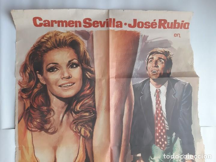 Cine: CARTEL CINE ENSEÑAR A UN SINVERGUENZA CARMEN SEVILLA 1979 C471 - Foto 2 - 186367441