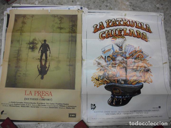 Cine: 84 CARTELES DE CINE EXTRANJERO 100 X 70 CM. CARTEL AÑOS 80-70 - Foto 22 - 191621966