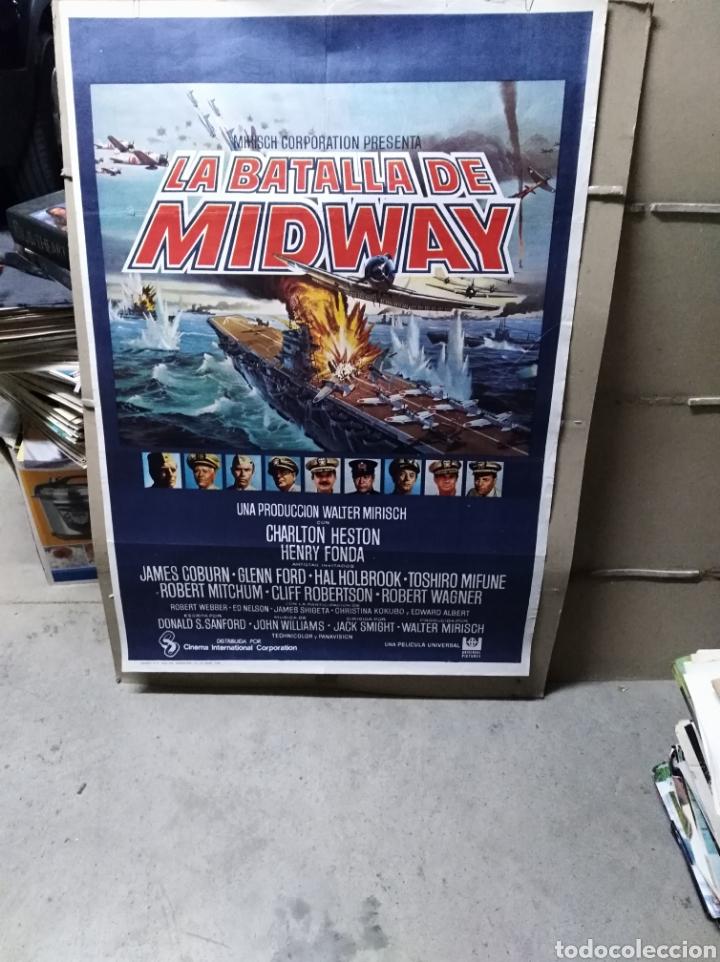 LA BATALLA DE MIDWAY CHARLTON HESTON MIFUNE MITCHUM FONDA POSTER ORIGINAL 70X100 P (Cine - Posters y Carteles - Bélicas)