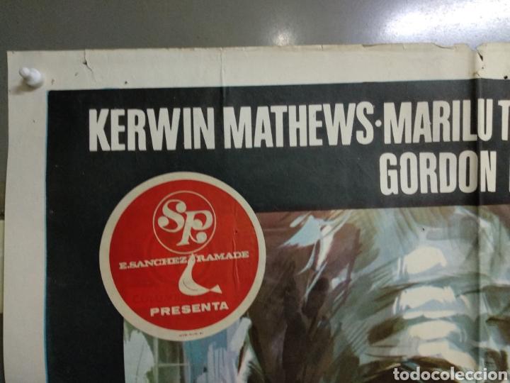 Cine: CDO 124 UN ASESINO PARA SU MAJESTAD KERWIN MATHEWS POSTER ORIGINAL ESTRENO 70X100 - Foto 3 - 193110943